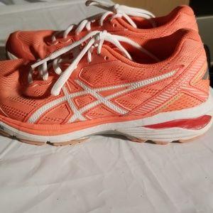 Asics womens size 8 athletic shoe